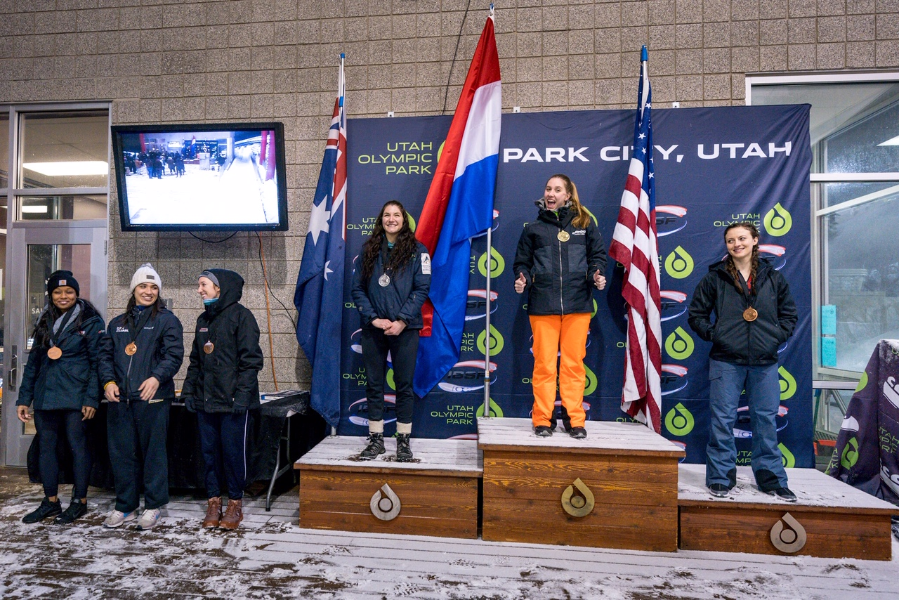 Womens Monobob 19 20 Park City podium 1a GK