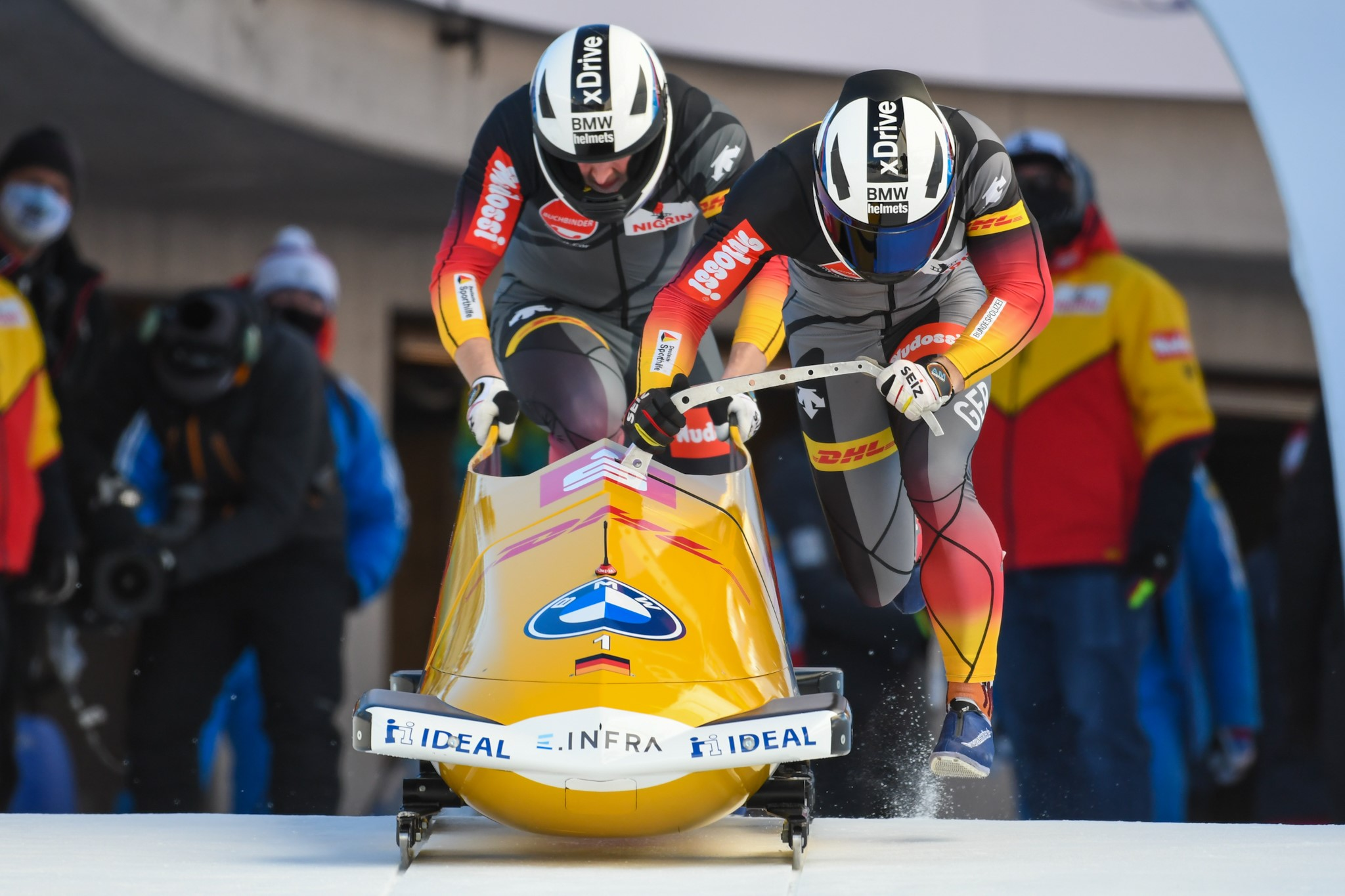 2mBob BMW IBSF WCup 20 21 StMoritz Friedrich start
