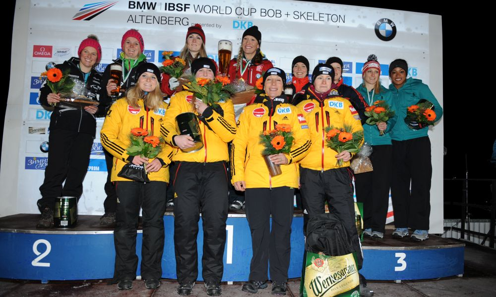 BMW IBSF World Cup Altenberg, winners Bobsleigh women; Photo: Charlie Booker